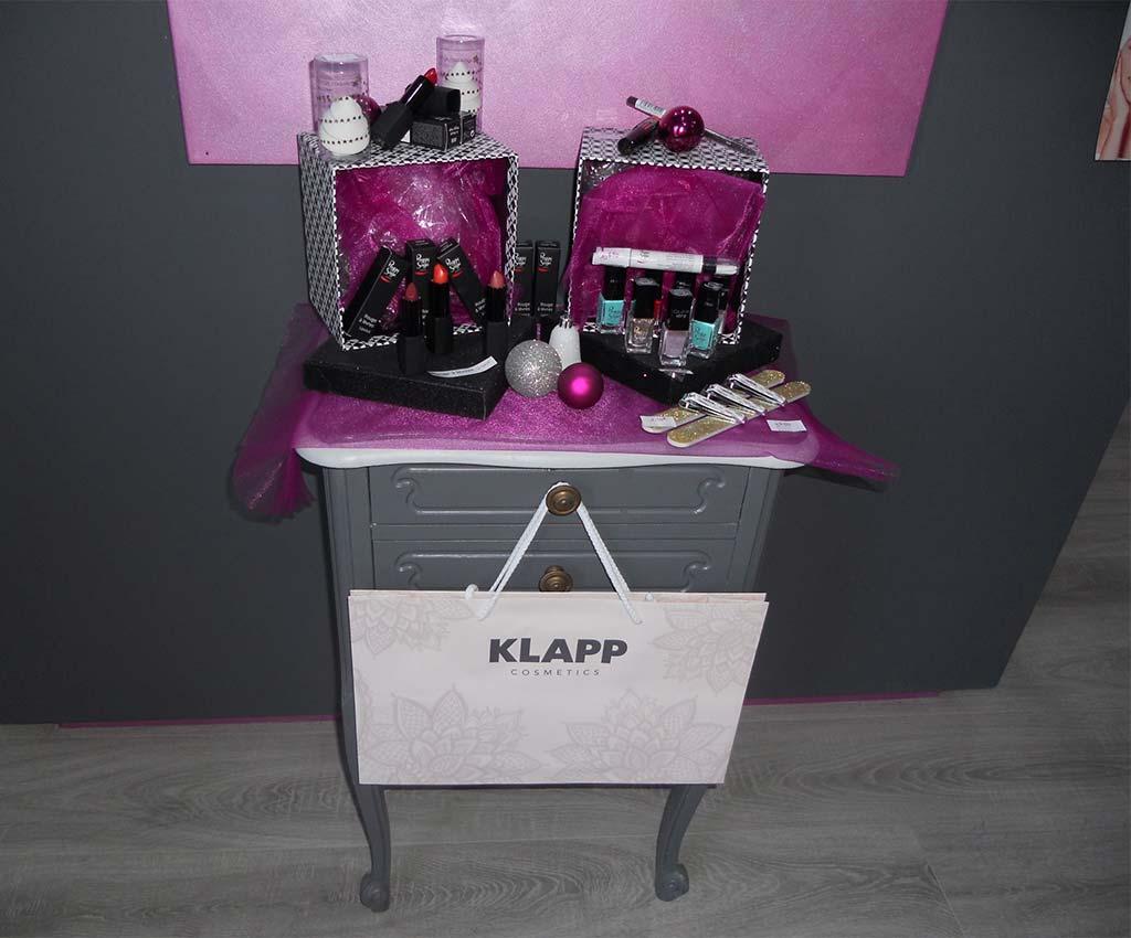 Maquillage et vernis à offrir pour Noël, institut de beauté et spa sur Faveraye Mâchelles